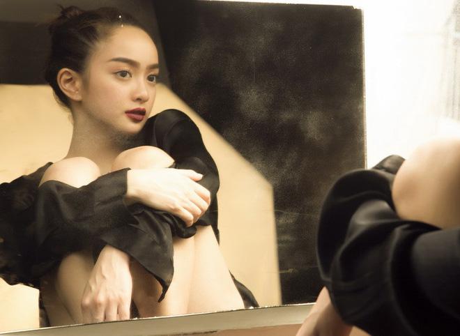 Kaity Nguyễn là hot girl show bít Việt đang nổi đình đám