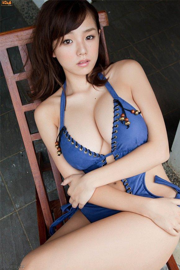 Ai-Shinozaki-nude-2