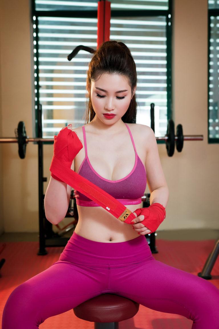 gai-xinh-tap-gym-10