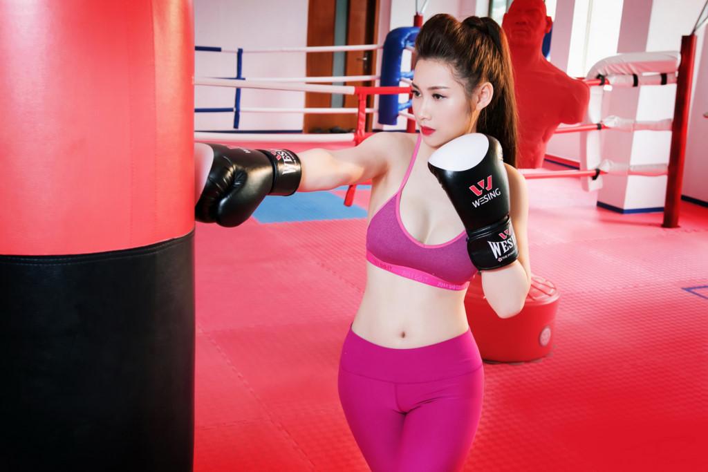 gai-xinh-tap-gym-14