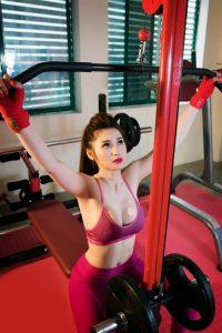 gai-xinh-tap-gym-9
