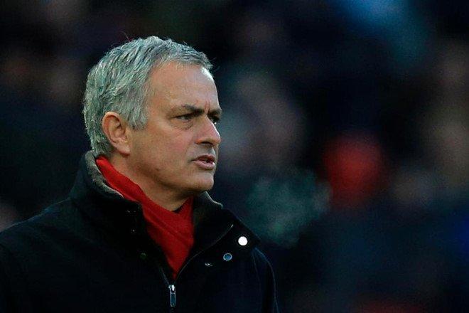 Paul Scholes trù ẻo Mourinho, mong ước Pep Guardiola từ 2014